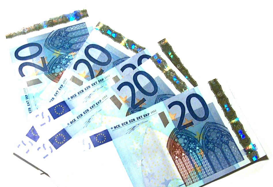 ayuda de 400 euros a parados